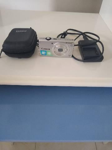 Vendo uma máquina fotografica