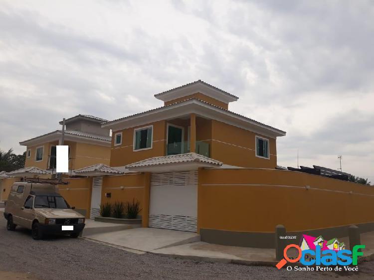 Casa duplex a venda, 4 dormitórios e finíssimo acabamento!