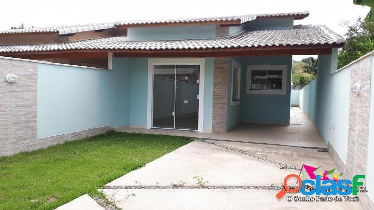 Casa linda de 3 quartos a 1 quadra da praia de itaipuaçú!