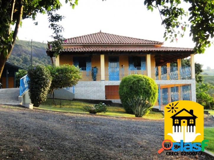 Maravilhosa fazenda com área total de 111,3 hectares.