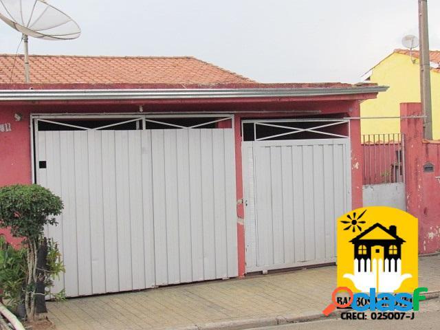 Imóveis com área total de 200 m².