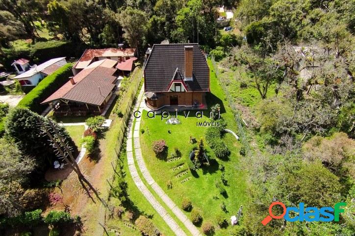 Casa ampla com 4 dormitórios e excelente planta - Região do Capivari