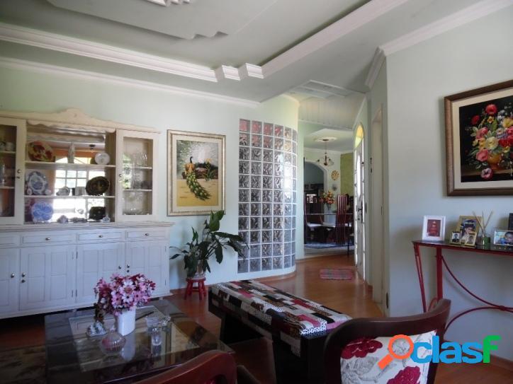 Casa com 4 quartos 2 suítes trindade - florianópolis 2 vagas