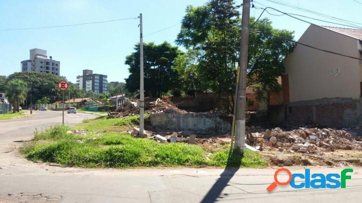 Terreno em uma das principais avenidas da cidade