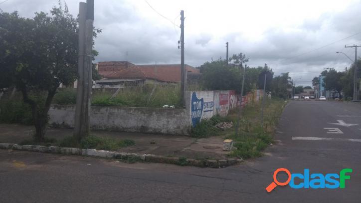 Terreno de esquina na região centra da cidade