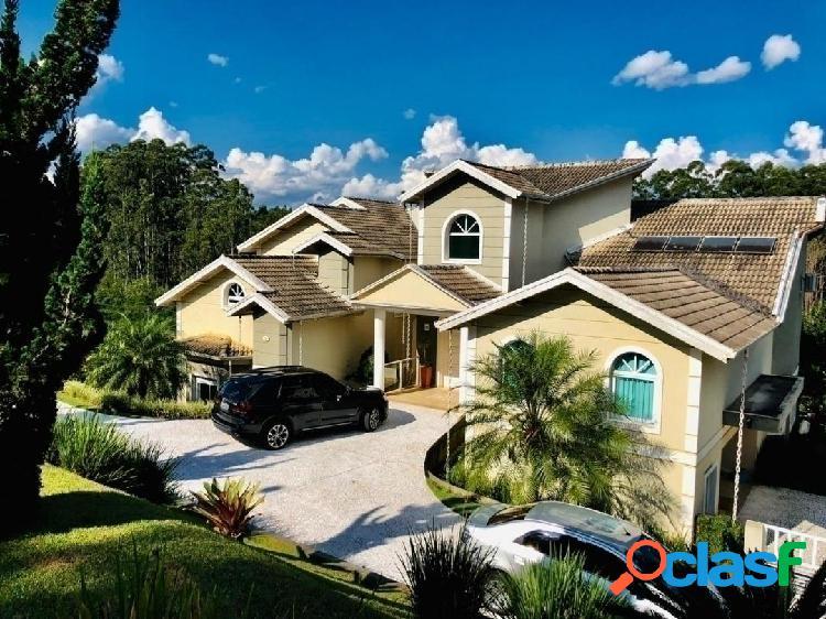 Belíssima casa no condomínio jardim das palmeiras