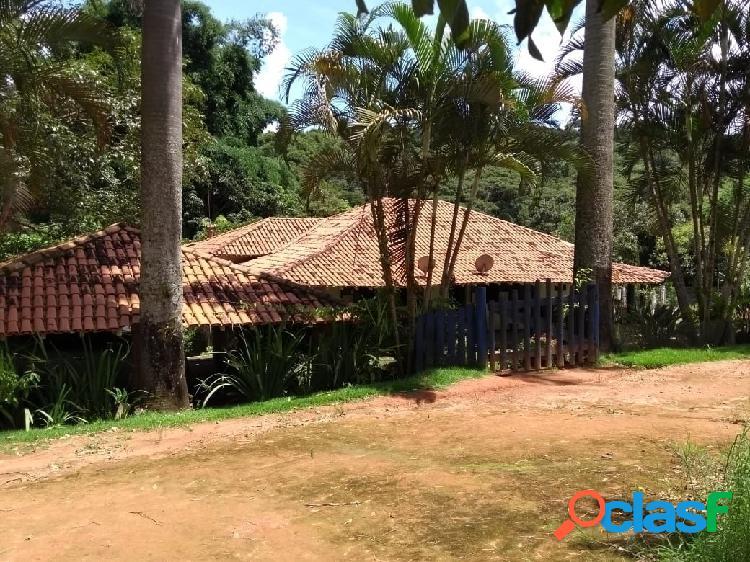 Excelente fazenda de 107 hectares em Oliveira - MG 1