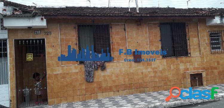 Excelente bangalô para locação definitiva bairro vila caiçara.