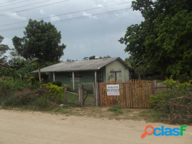 Dois terrenos, casa com 100m², à 60 metros da rs040, morro grande