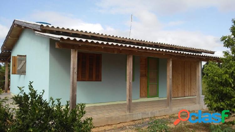 Belo sítio, casa nova em alvenaria 70m², poço artesiano, luz, águas claras