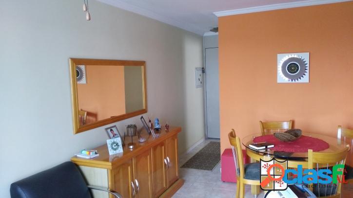 Apartamento com 2 dormitórios próximo do colégio Niceia 3