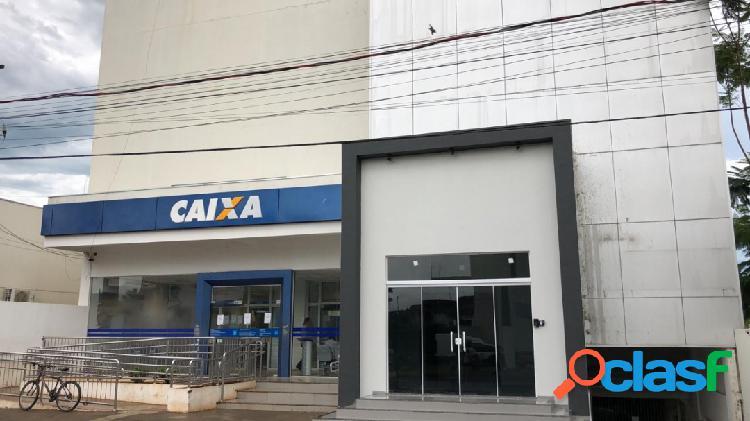 Sala comercial bem localizada, de 108 m² no centro de sorriso- mt