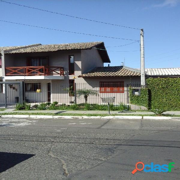Excelente casa em bairro residencial próximo ao centro.