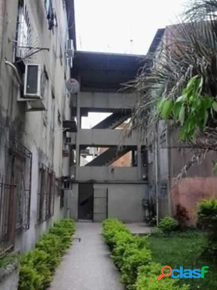 Apartamento na cohab de 3 dormitórios transformado para 2.