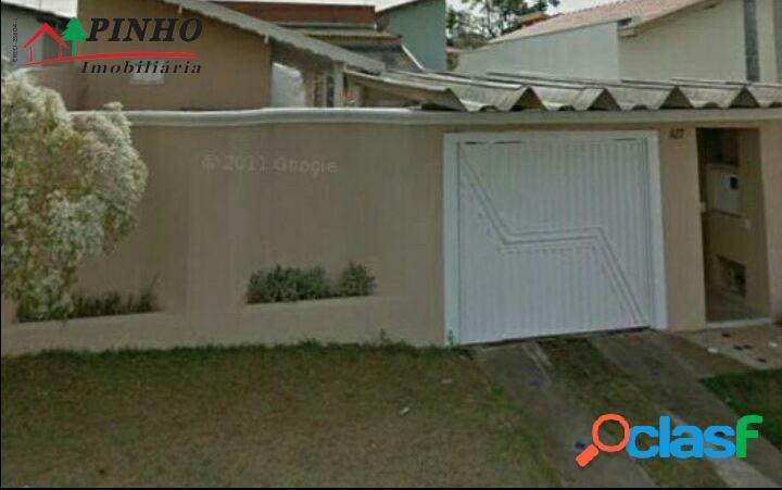 Casa localizada no bairro santa mônica