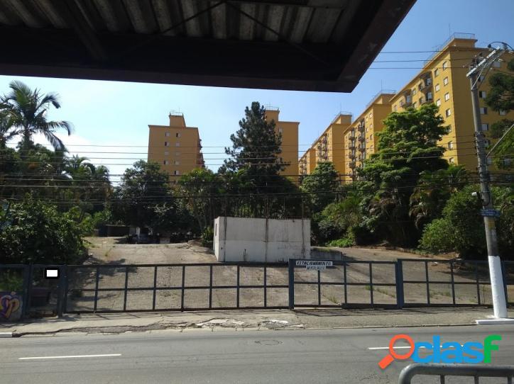 Terreno com área de 3.709 m² (zc) na estrada de itapecerica sp
