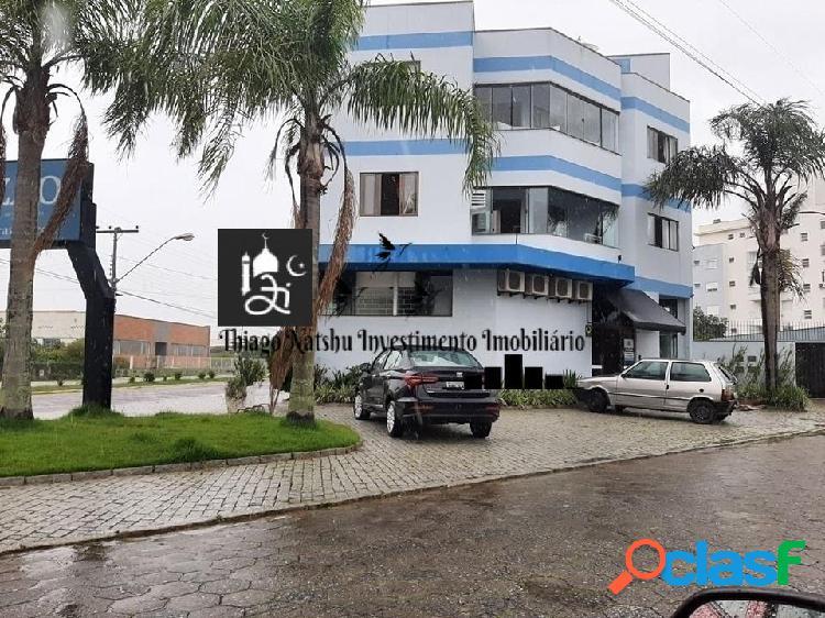Alugo sala comercial - bairro centro - cidade tijucas/sc - brasil