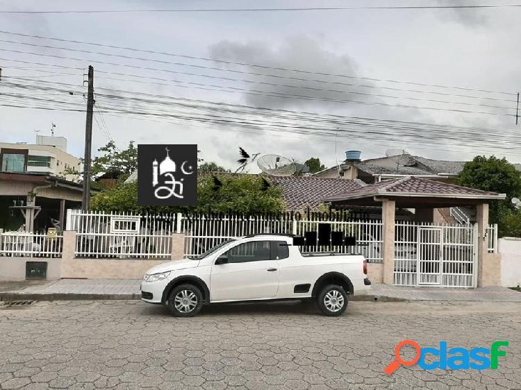 VENDO CASA - BAIRRO PEREQUÊ - CIDADE PORTO BELO/SC - BRASIL 2