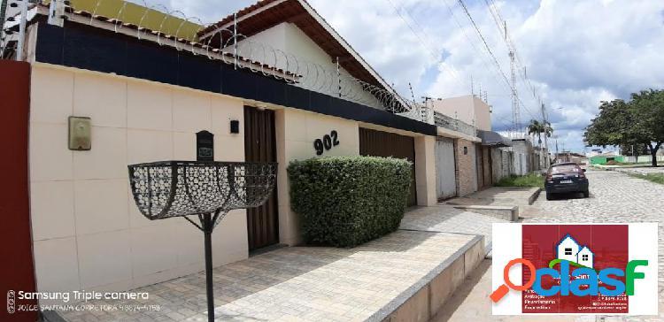 Vende-se uma ótima casa no bairro santa delmira