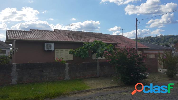 Casa no Bairro Santa Rita