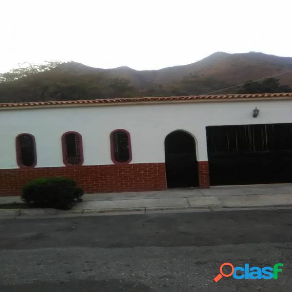 En venta hermosa casa en san diego, la esmeralda 150m2 (37000)