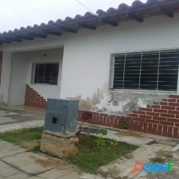En venta casa en san diego conjunto cerrado 148 mts2. (17.000)