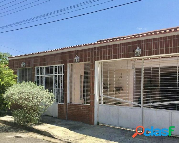 Venta bella casa en la esmeralda 201 m2 san diego