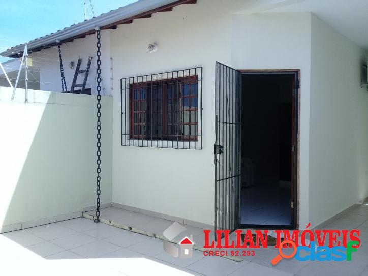 Casa semi nova / itanhaem
