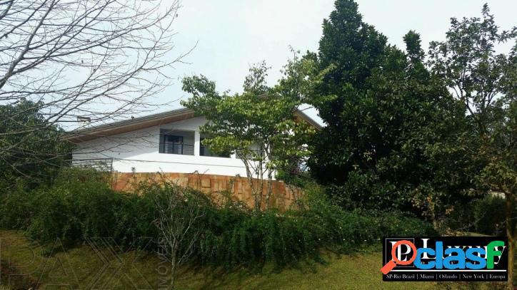 Casa na Quinta da Baroneza com projeto de Ricardo Julião