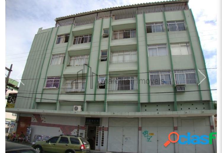 Quarto e sala excelente localização em itapuã