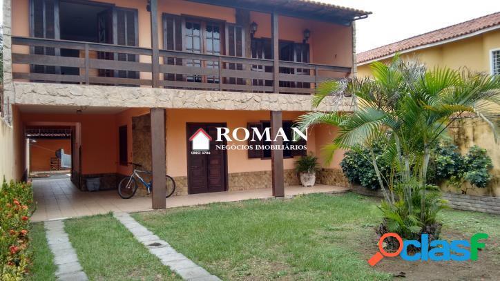 Casa individual com terreno de 300 m²