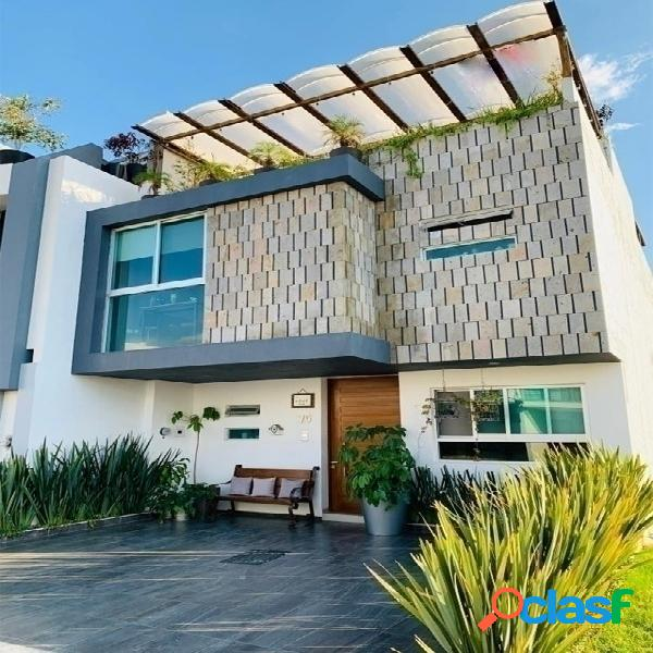 Casa con roof garden en punto sur, tlajomulco