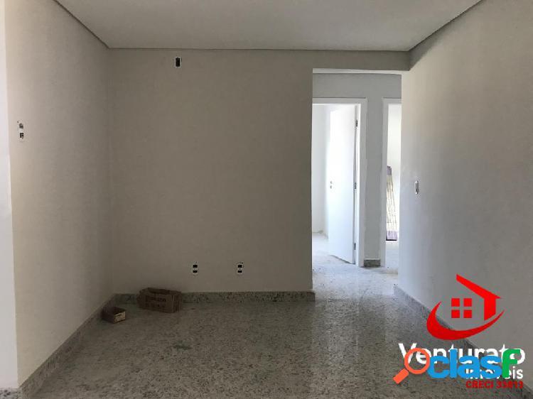Apartamento 03 Quartos, Suíte, 02 Vagas, Elevador - Itapoã 3