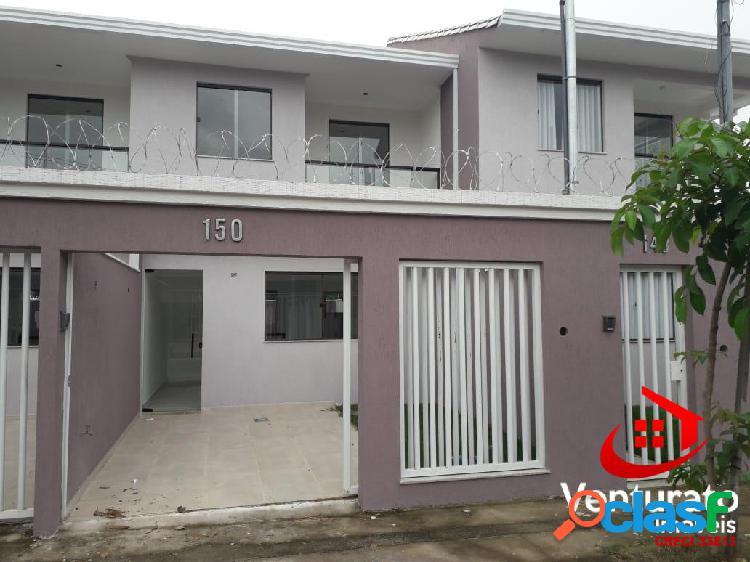 Casa de alto padrão com 3 quartos no bairro planalto