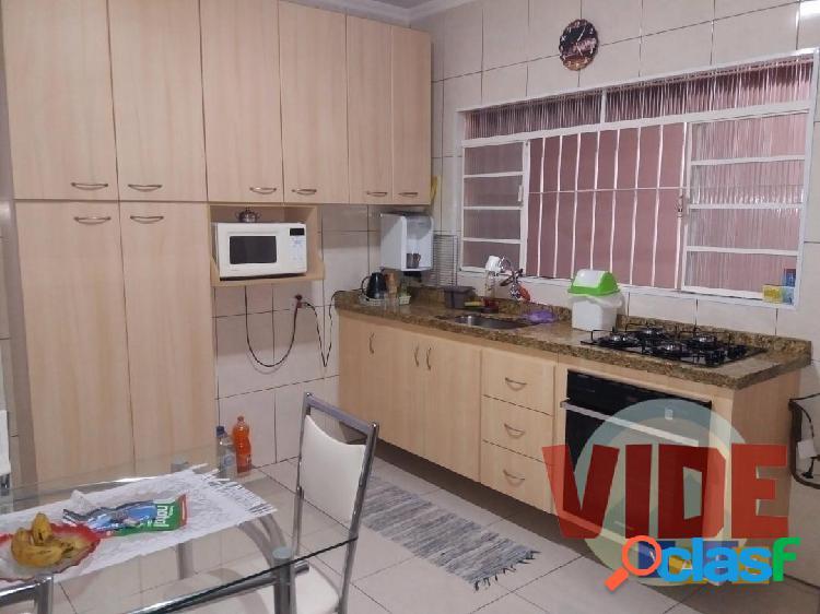 Palmeiras de São José Casa térrea, 2 dorms. (1 suíte), 70 m² AC, 150 m² T 1