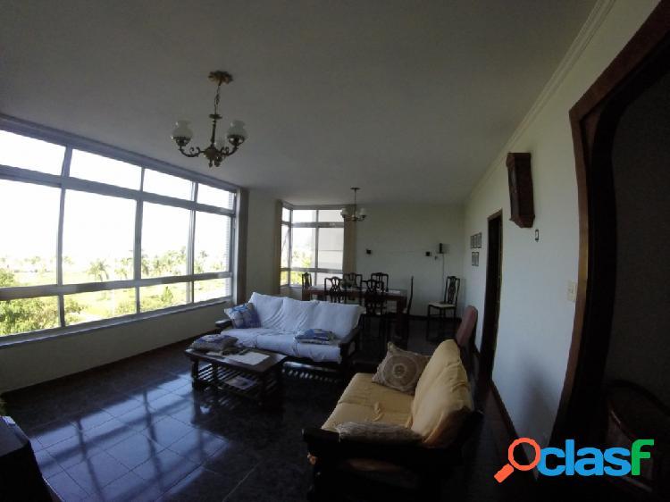 Vista panorâmica! apartamento com 3 dormitórios com total vista mar.