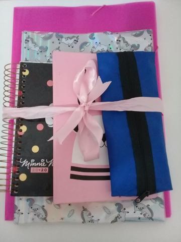 Kit de materiais escolares/escritório