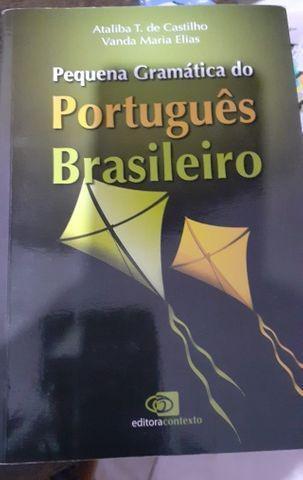 Livro pequena gramática do português brasileiro