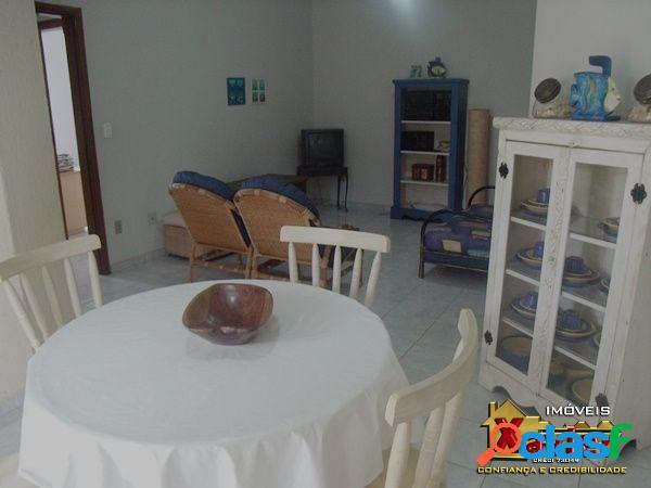 Apartamento amplo no itagua, dois dormitorios com suite