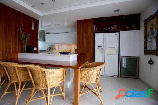 Cobertura duplex riviera 130 m²