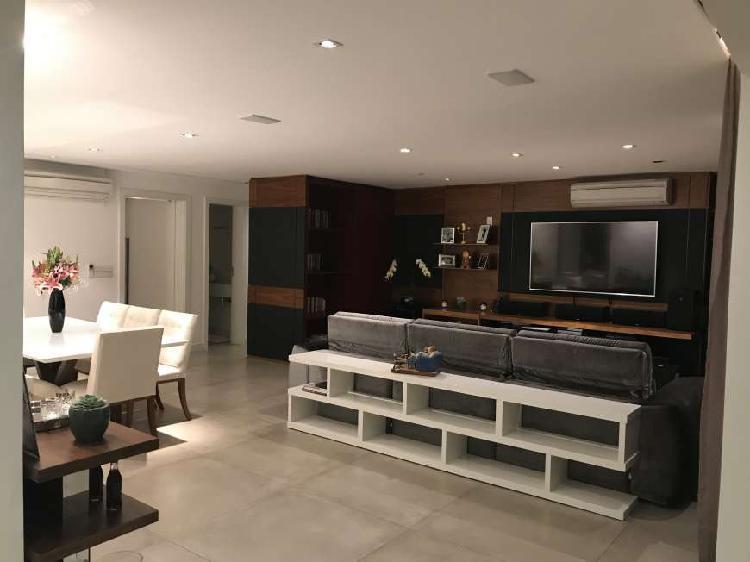Apartamento alto padrão c/ 161 metros quadrados com 3