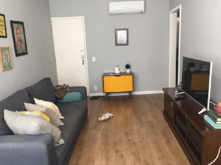 Apartamento para aluguel tem 70 metros quadrados com 2