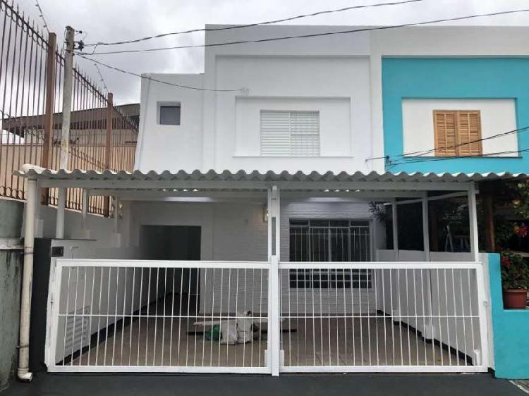 Casa de vila com 2 dormitórios + edícula