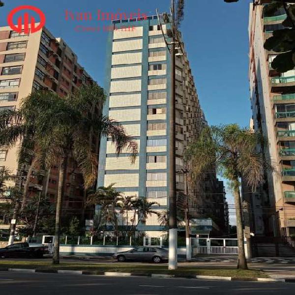 Lindo apartamento frente mar no melhor bairro de santos