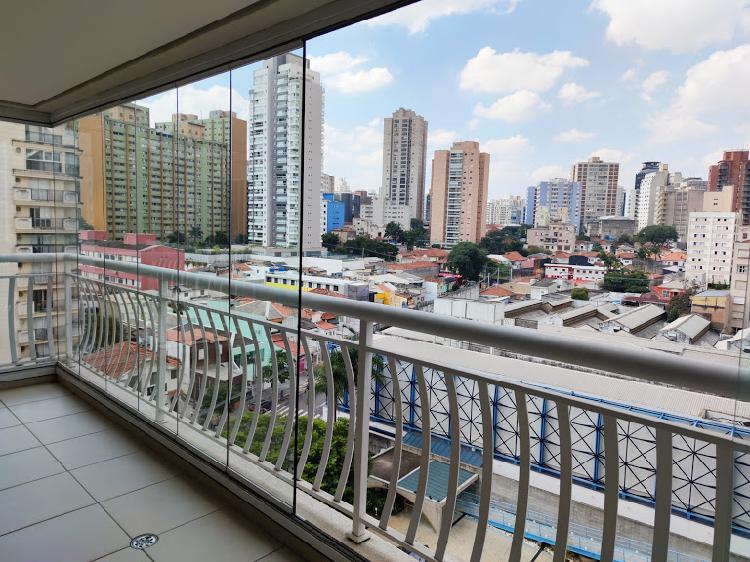 Apartamento para aluguel possui 143 metros quadrados com 4