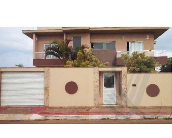 Casa duplex 3 quartos 2 suítes interlagos vila velha es