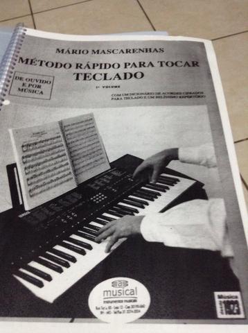 Teclado piano órgão eletrônico apostilas