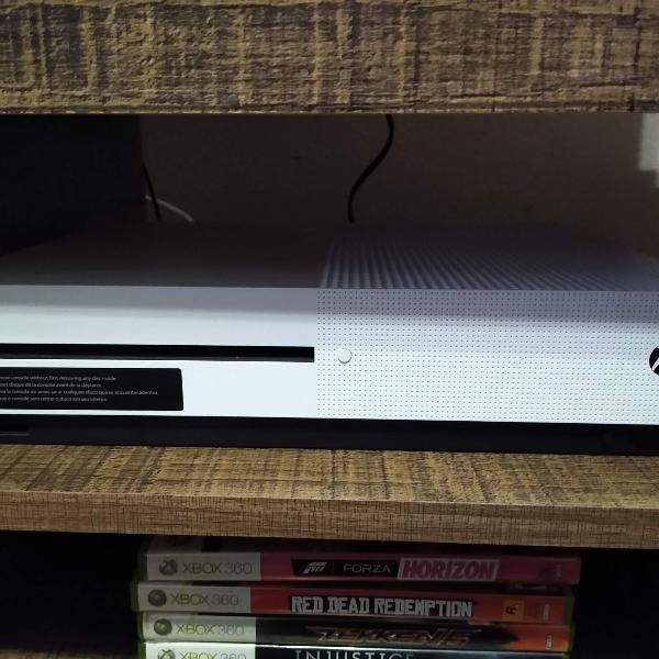 Xbox one s + controles + jogos (original)