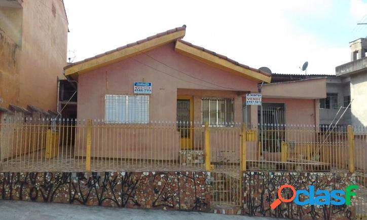 Imóvel composto com 2 casas - excelente localização