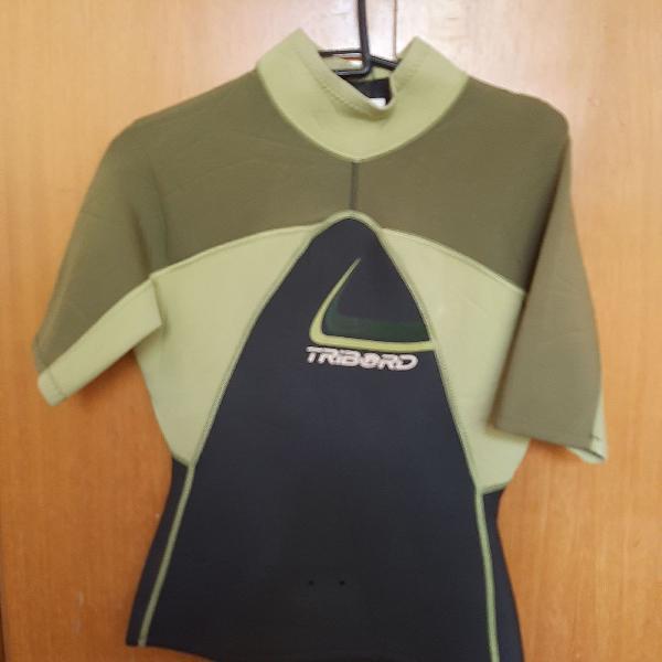 Blusa de neoprene para surfista manga curta triboard verde